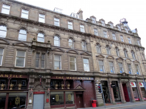 Ecosse : Dundee, the Mercantile, commercial street